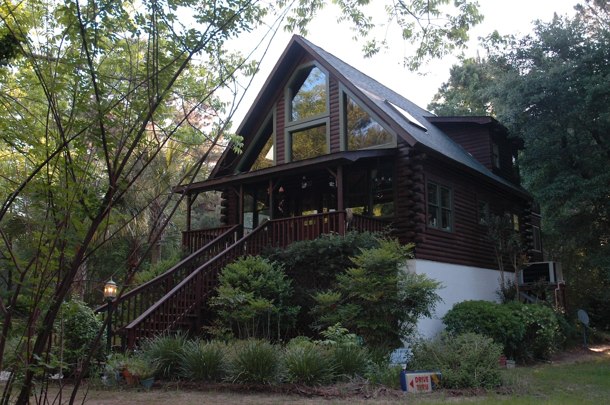 Edisto Island Tree House Log Cabin