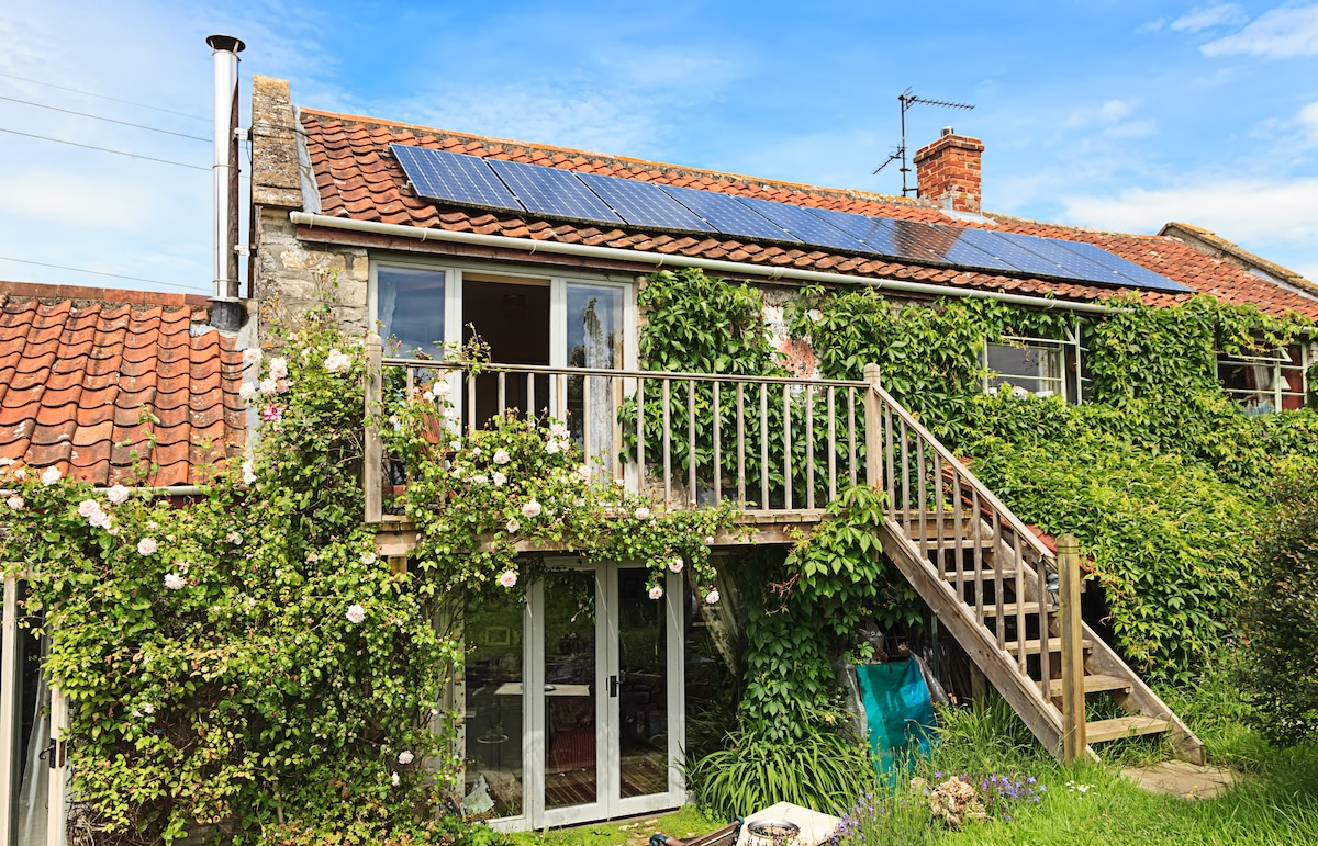 Bliss Cottage Double Balcony  room