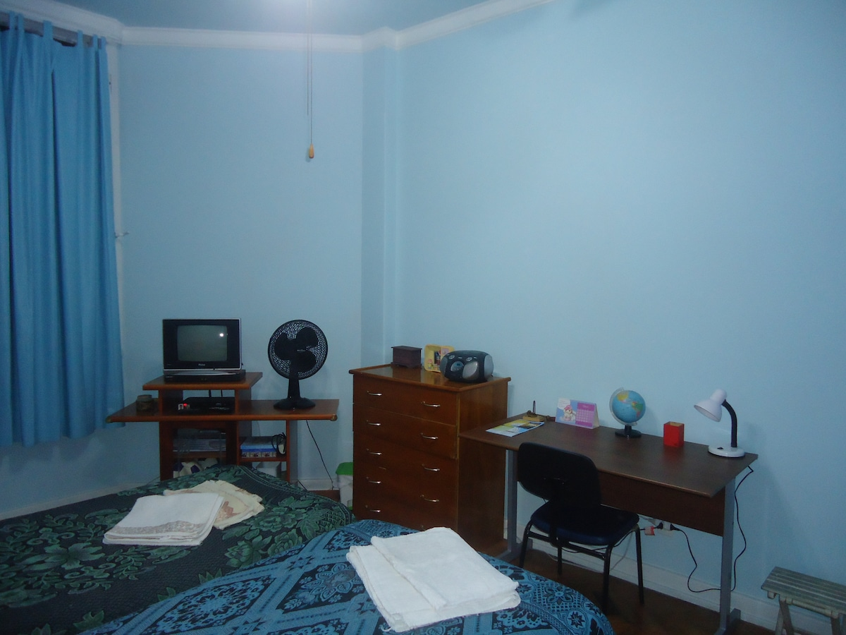 blue room single for 2, have tv, wi fi