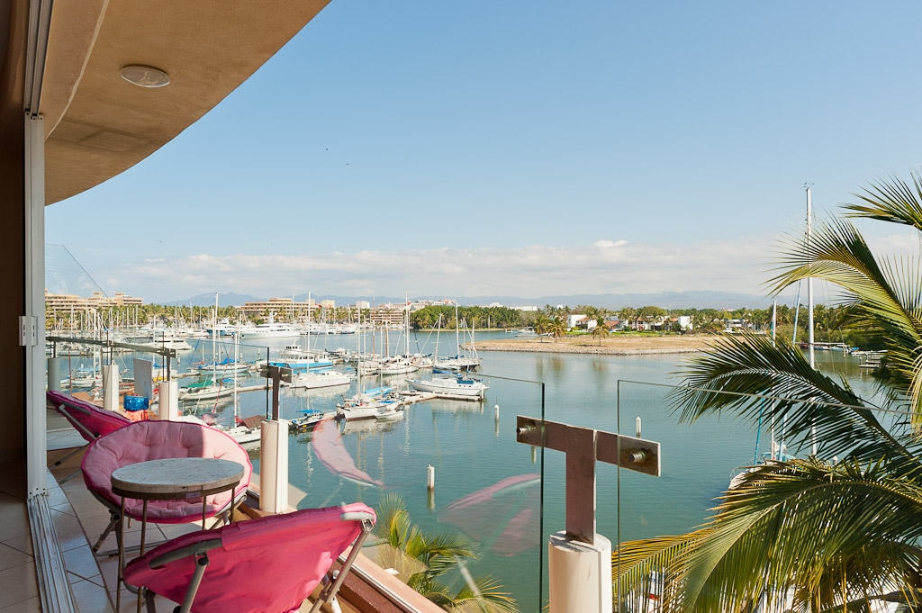 lower floor views over looking the Marina and Paradise village and million dollar yatch,