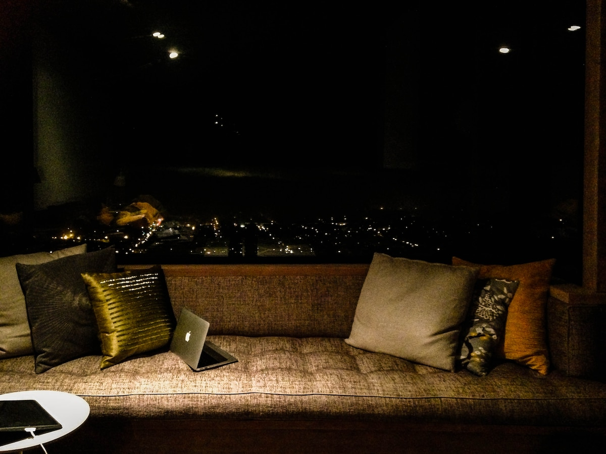 Lounge area in the night