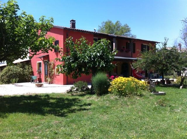 mini apartment, Umbrian countryside