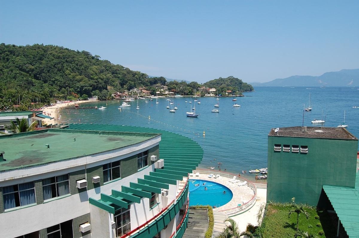 Yacht Flat, Antigo Angra Inn