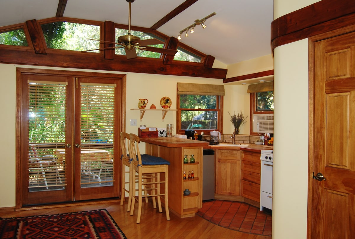 Doors lead to a private deck in the back yard. High speed wireless internet included.