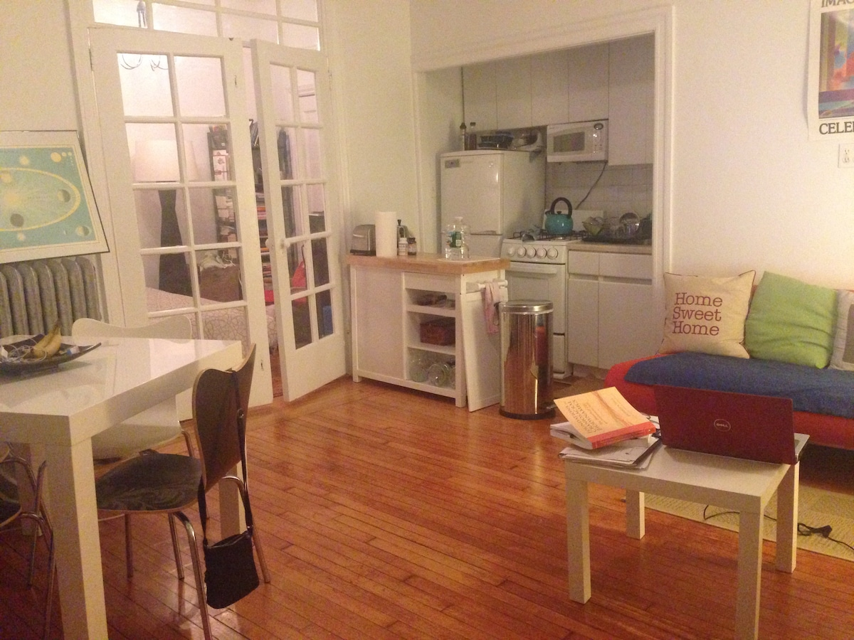 Charming one bedroom apartment