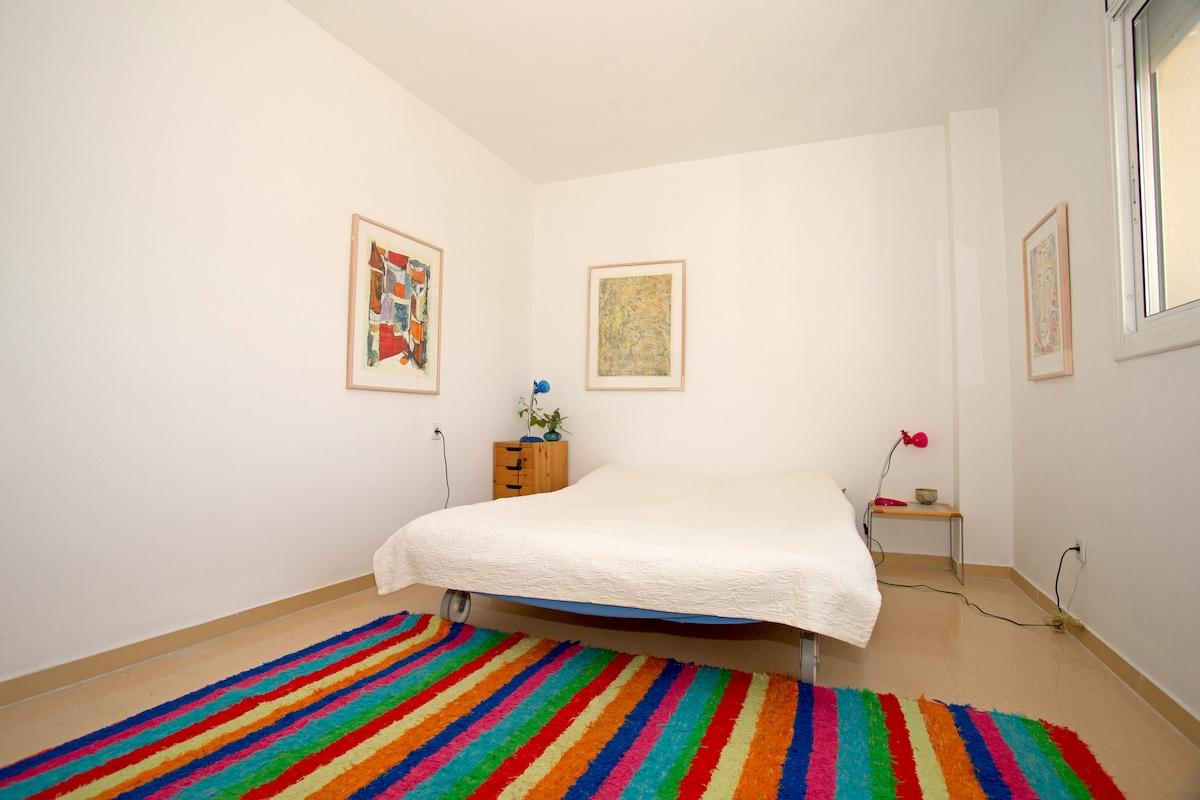 Near Sitges - Room for 2 persons - Sea at 10 minutes - Garraf Nature Park - Barcelona at 30 minutes