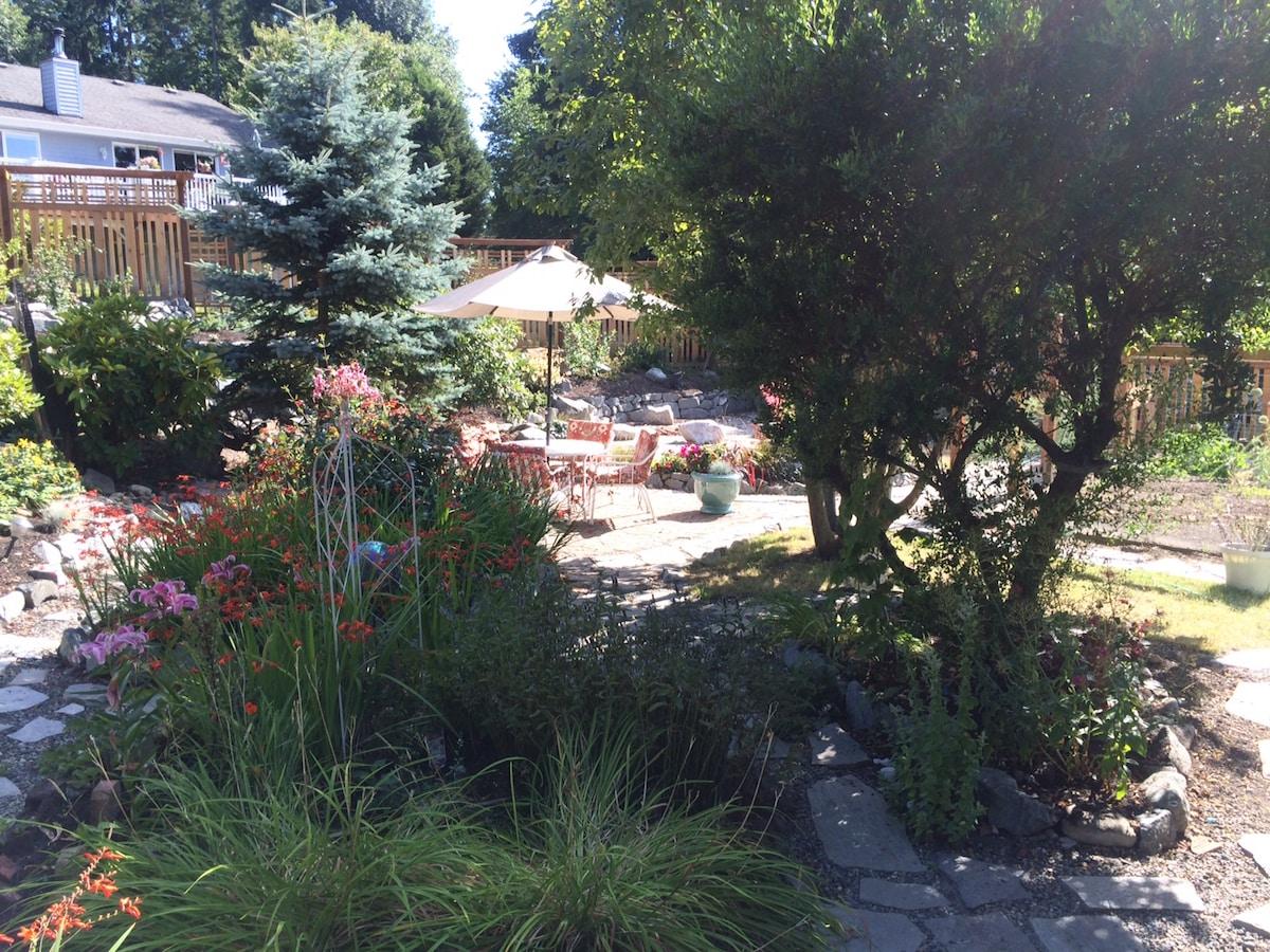 Southworth Garden Getaway