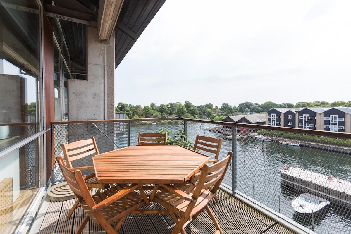 150m2 luxury penthouse ocean view