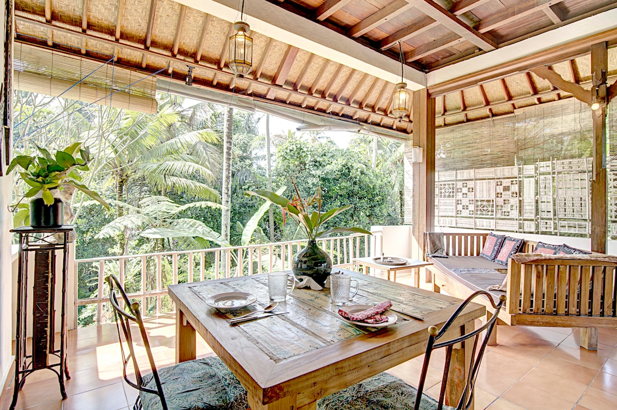 COLONIAL HOUSE, JUNGLE&RICE PADDIES