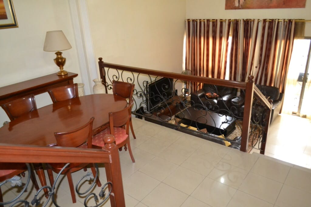 Beau Duplex au cœur de Yaoundé.