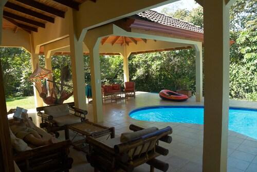 Villa Ojochal, Costa Rica