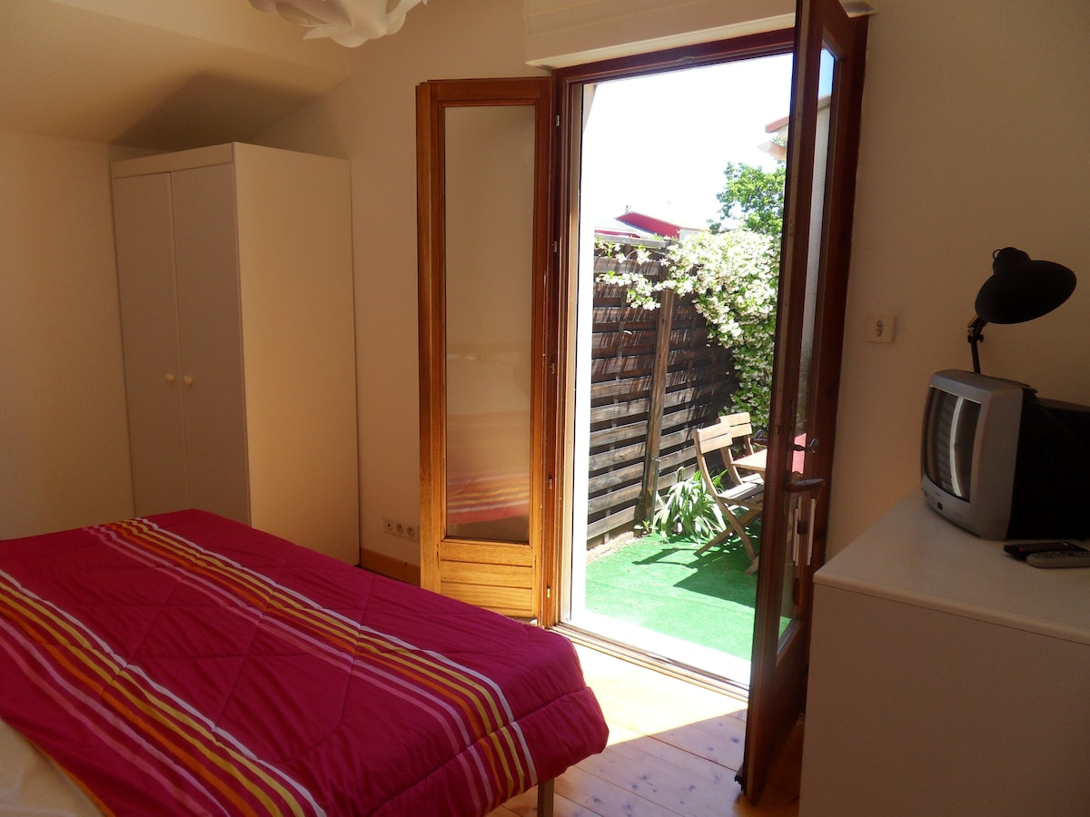 Nice bedroom near Montpellier