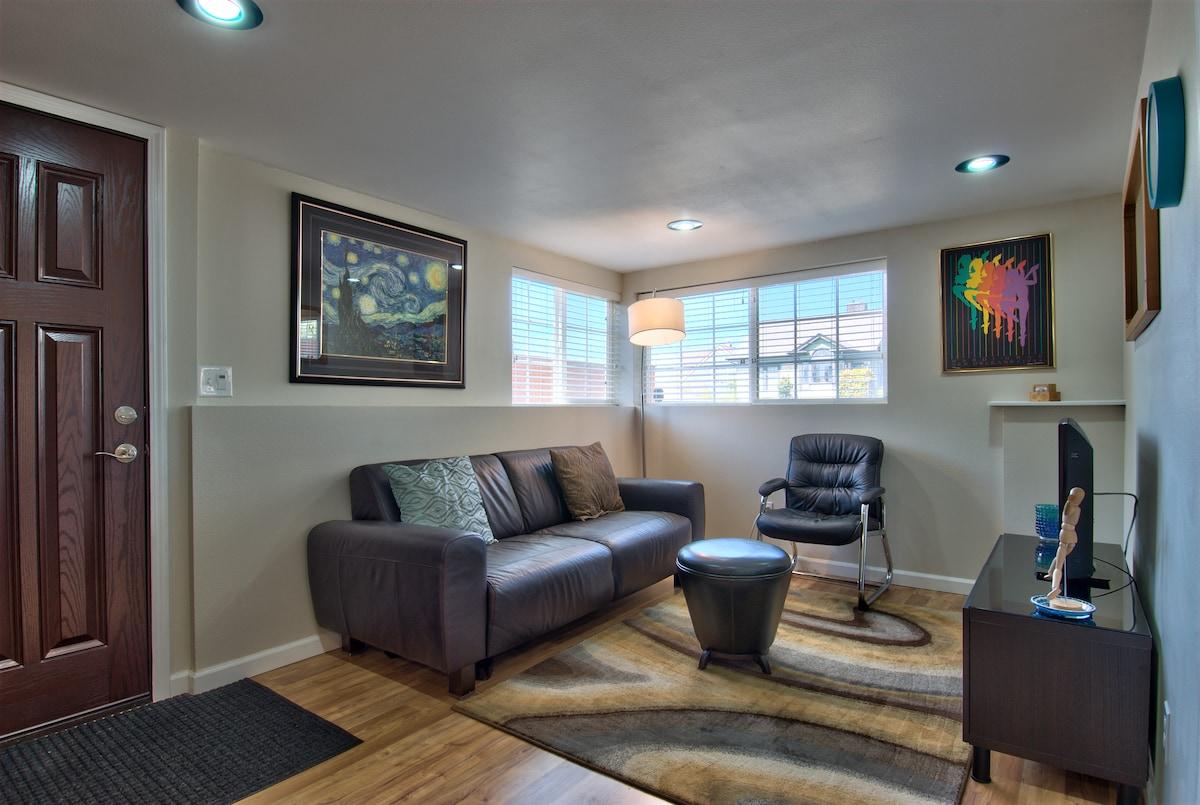 Living Room - Italian leather Natuzzi sofa. Plush comfort!
