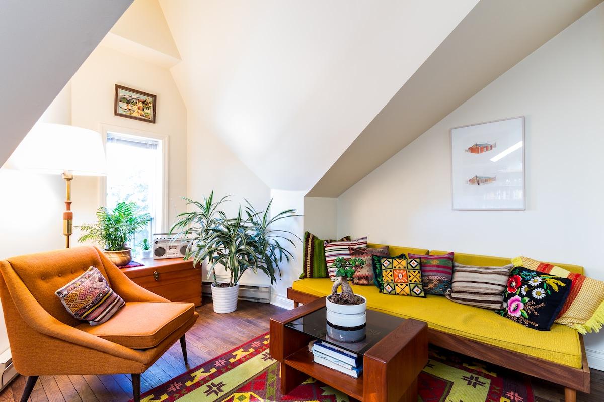 Loft Apartment, Heart of Bellwoods