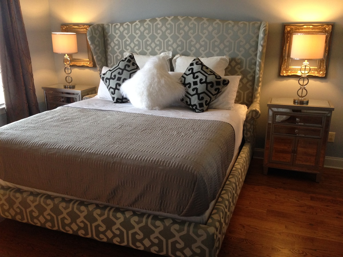 3 blocks to Beale, Suite w/KING bed