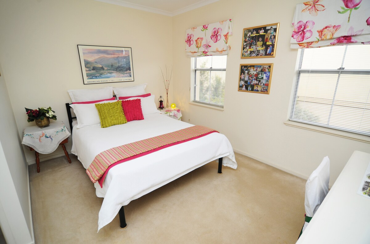 The main bedroom has a comfortable queen size bed and good quality linen