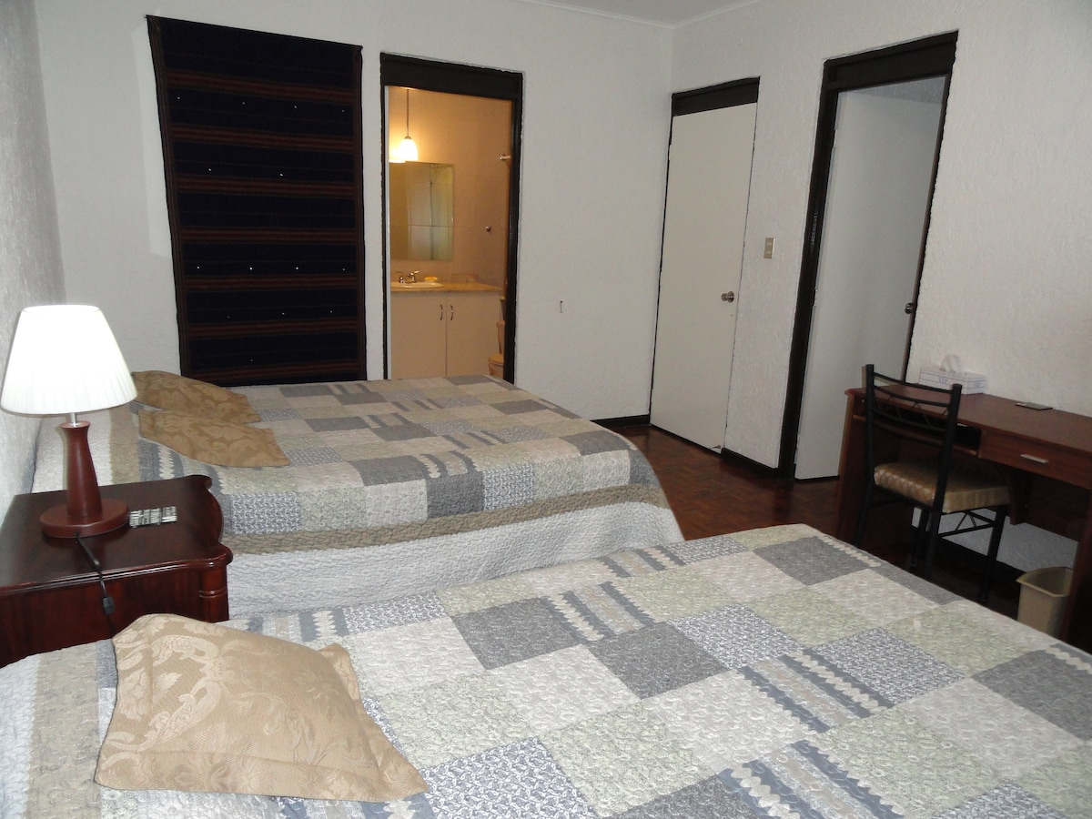 Superior room 2 queen size beds View 3