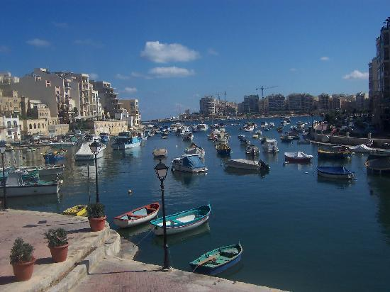Spinola Bay just 5 mins away from apartment