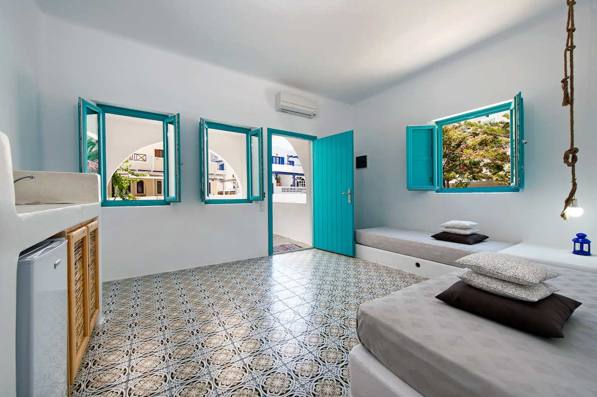 apartment for 2-4 adults