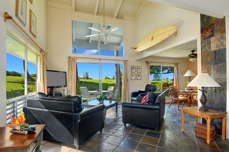 Ocean view 3 bed/3bath Haute Luxury