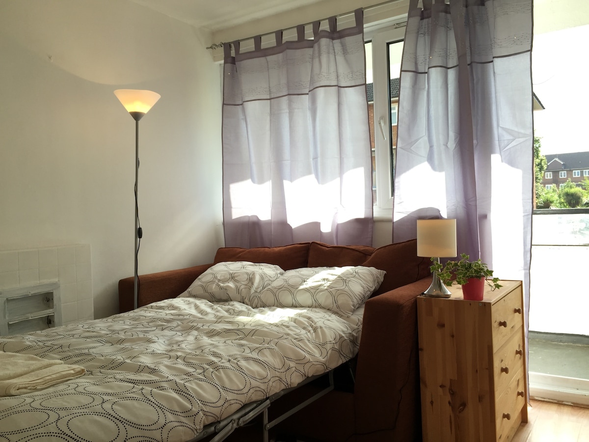 Budget room in Central London