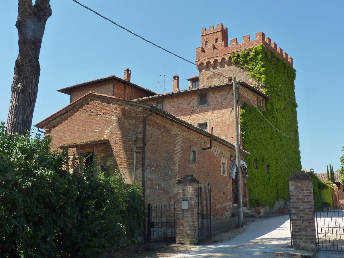 I Palazzi Arte B&B rooms in a tower