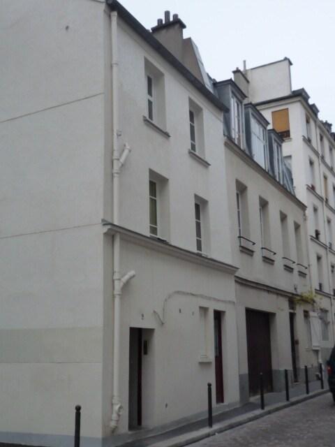 Cozy parisian studio