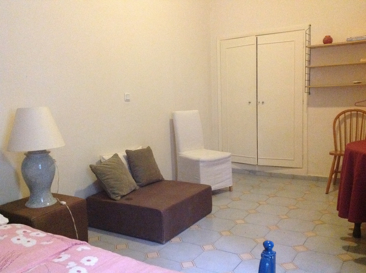 cozy spacious flat best in Athens