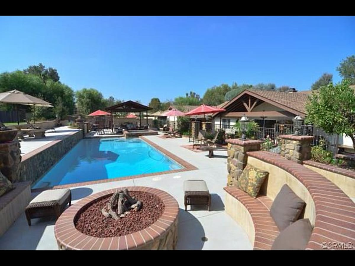 Stunning Estate and Private Oasis