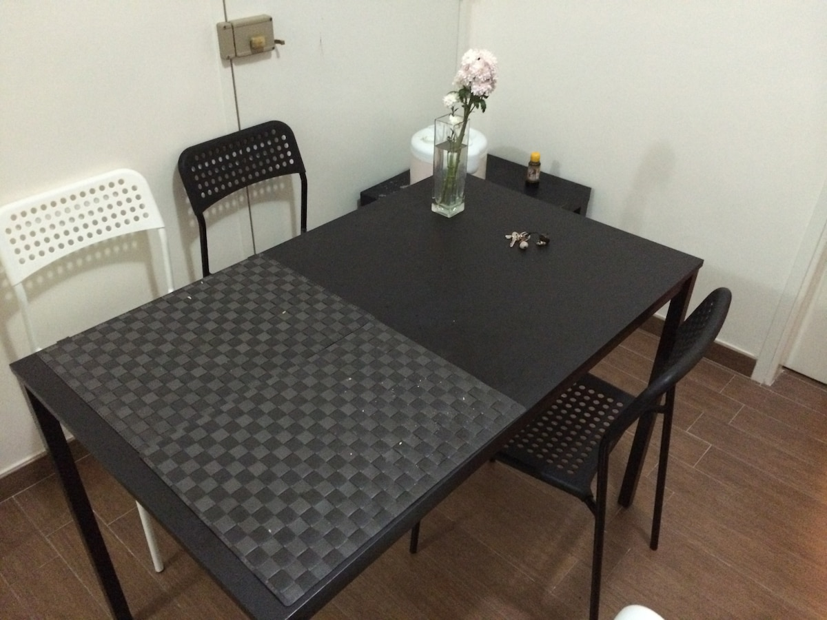 Budget friendly room near Central