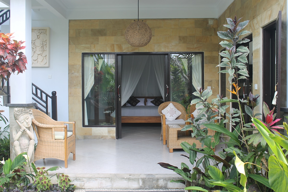 Holiday villa with 3 Br in ubud