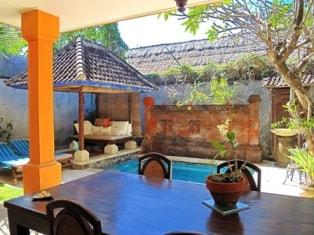 Cosy villa close to the Beach