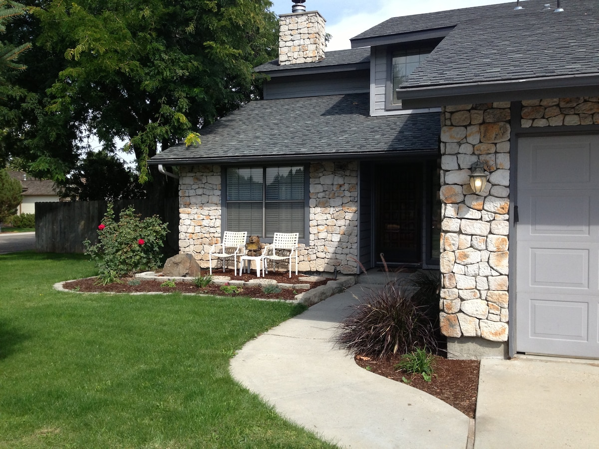 Home in Golf Course Community