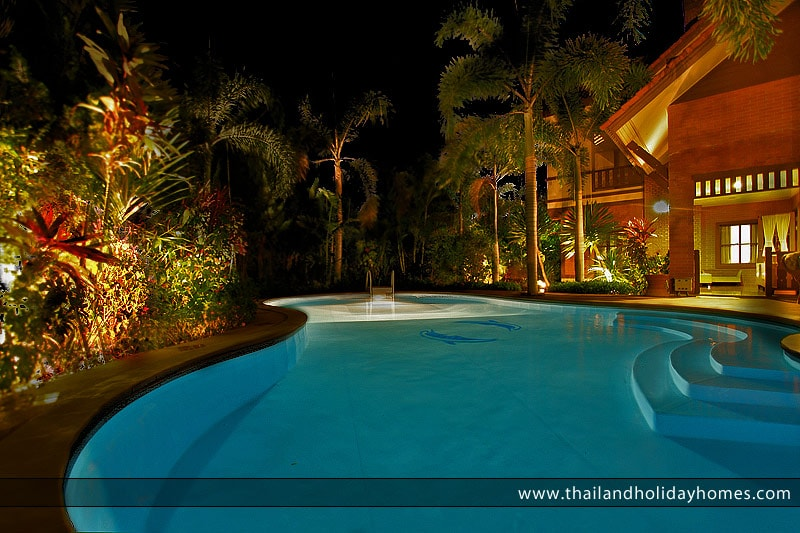 Quiet and secluded swimming pool