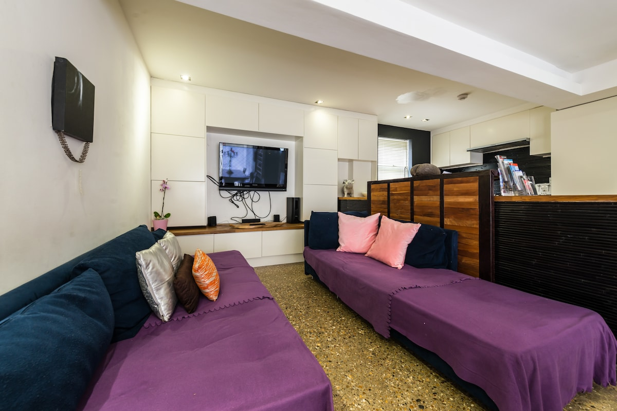 let-it-b.'Miss Bow' 3 bed & parking