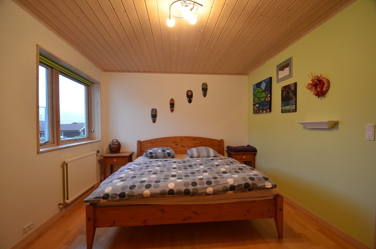 Room in a family house Klaksvik