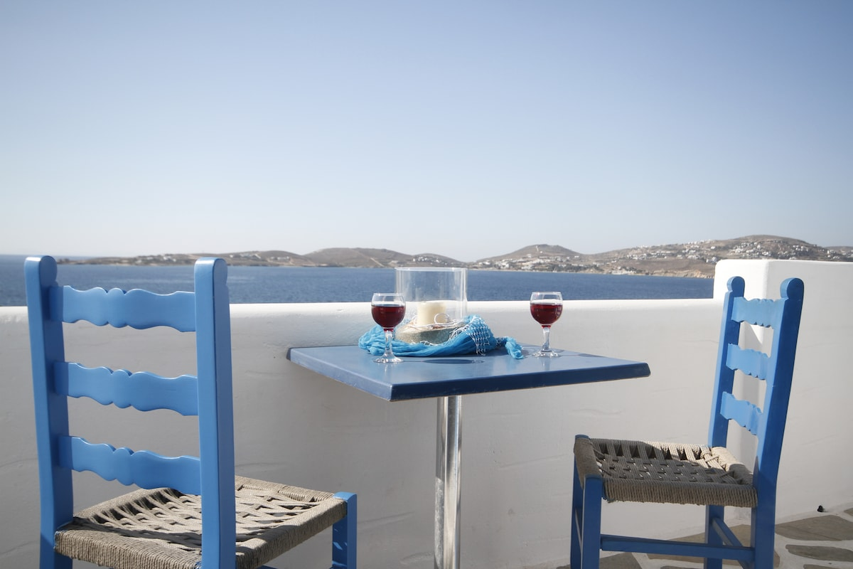 Sea view Studio for 1-2 persons