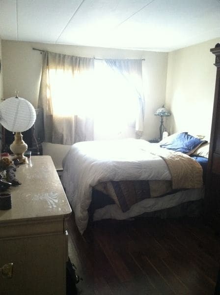 Private Bedroom in Apartment