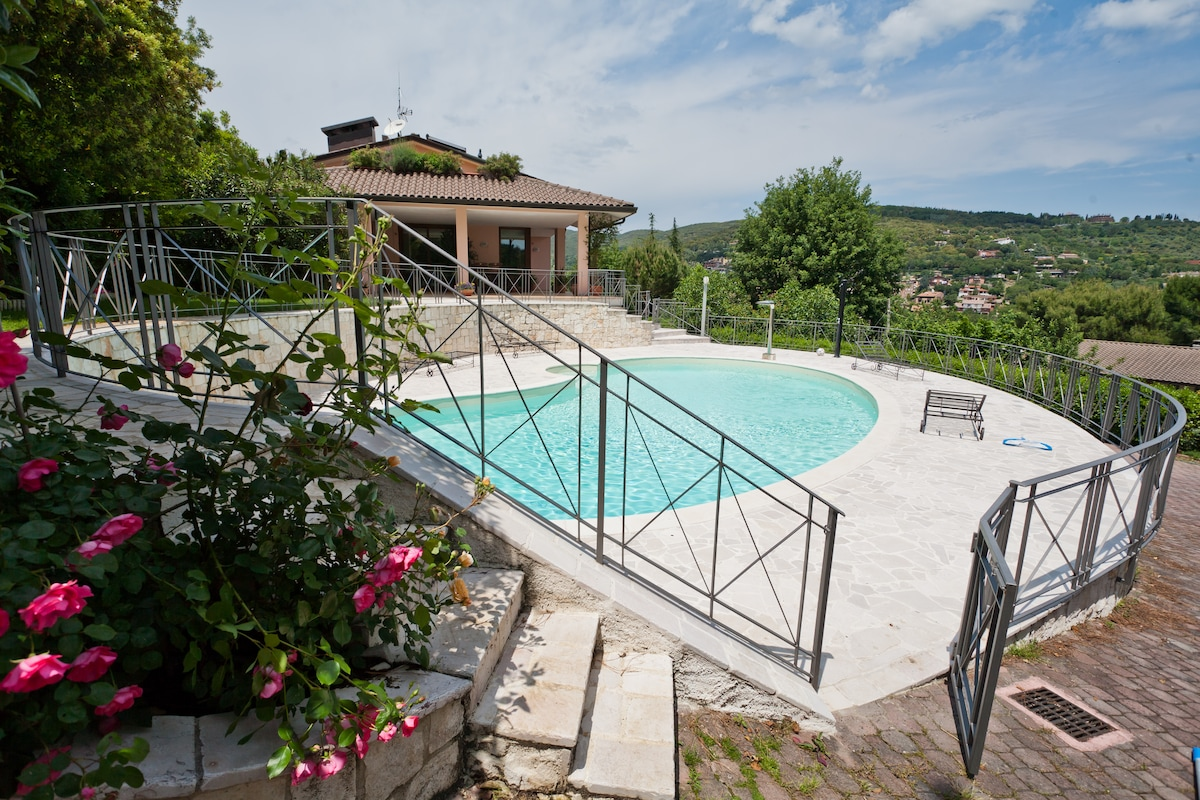 Villa with swimming pool in Perugia
