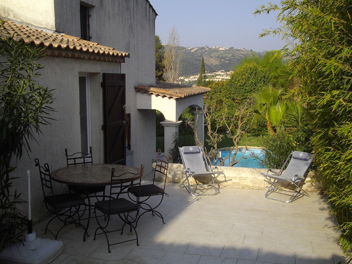 Guest apartment +pool near Cannes