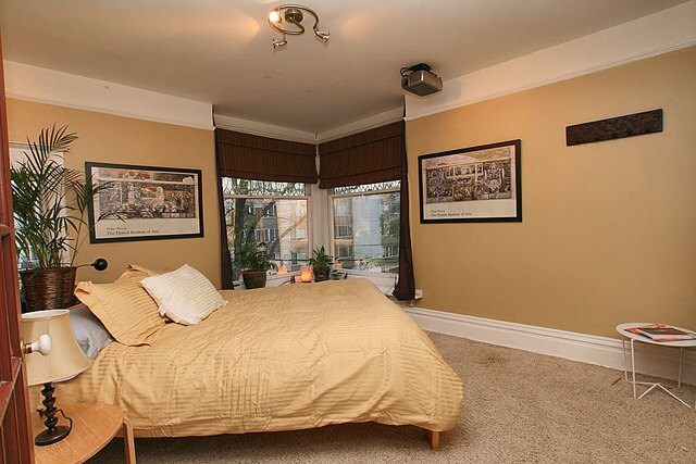 Wake up with City View at the queen sized room!