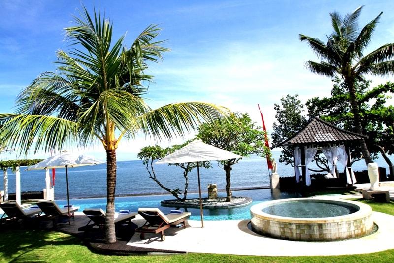 Luxury Beach Villa Lovina Bali