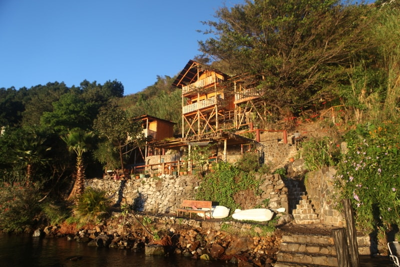 Lakeside Shared Cabana, Dorm,Gecko,