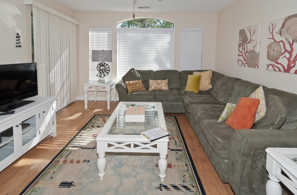 Living room-comfortable seating, TV/DV, Patio access