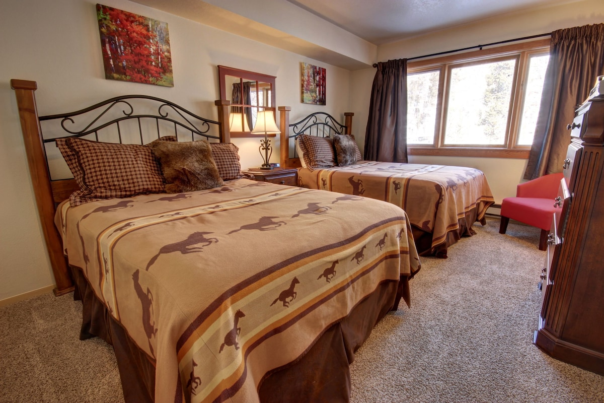Big 3 Bdrm Unit For Summer Getaway!