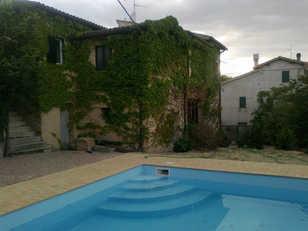 Private Rural House with Pool
