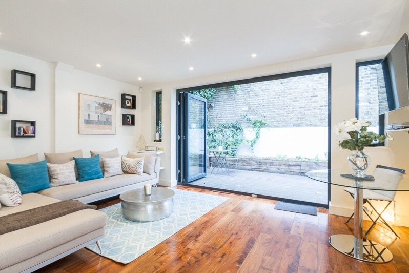 Wonderful two bedroom garden flat