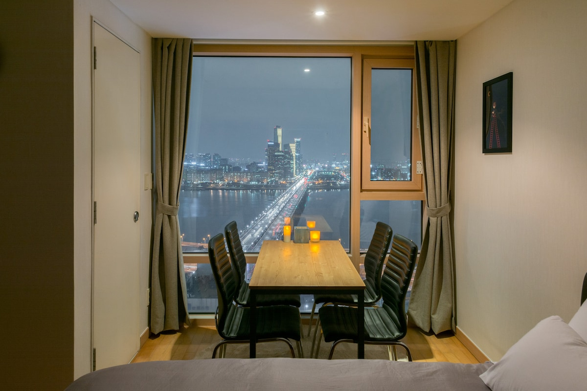 The Hangang river view house