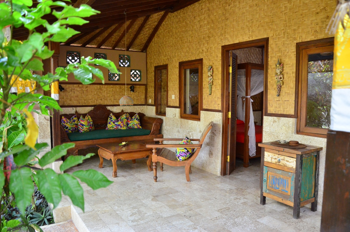Tropical Garden Bungalow Tropical Garden Bungalow