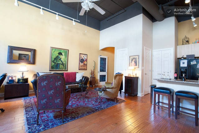 Enjoy a smart, eclectically-decorated condo in the heart of downtown Memphis.